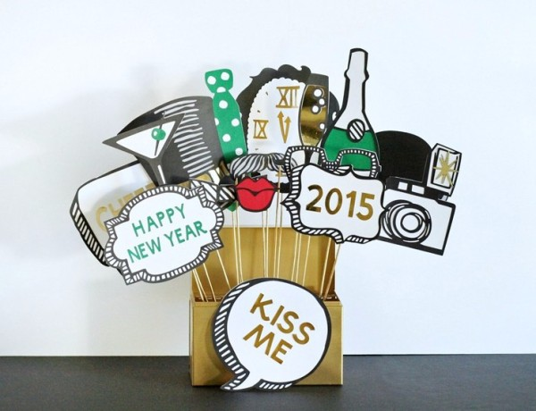 new-years-photo-booth-props-4